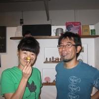 石垣島のカフェ&カレー「トラベラーズカフェ朔」のゲスト aiko隼さん